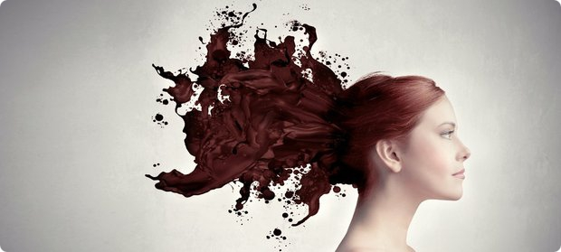 покраска волос во время месячных