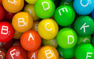 Какие витамины принимать при климаксе в возрасте 45-50 лет